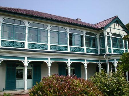 旧グッゲンハイム邸